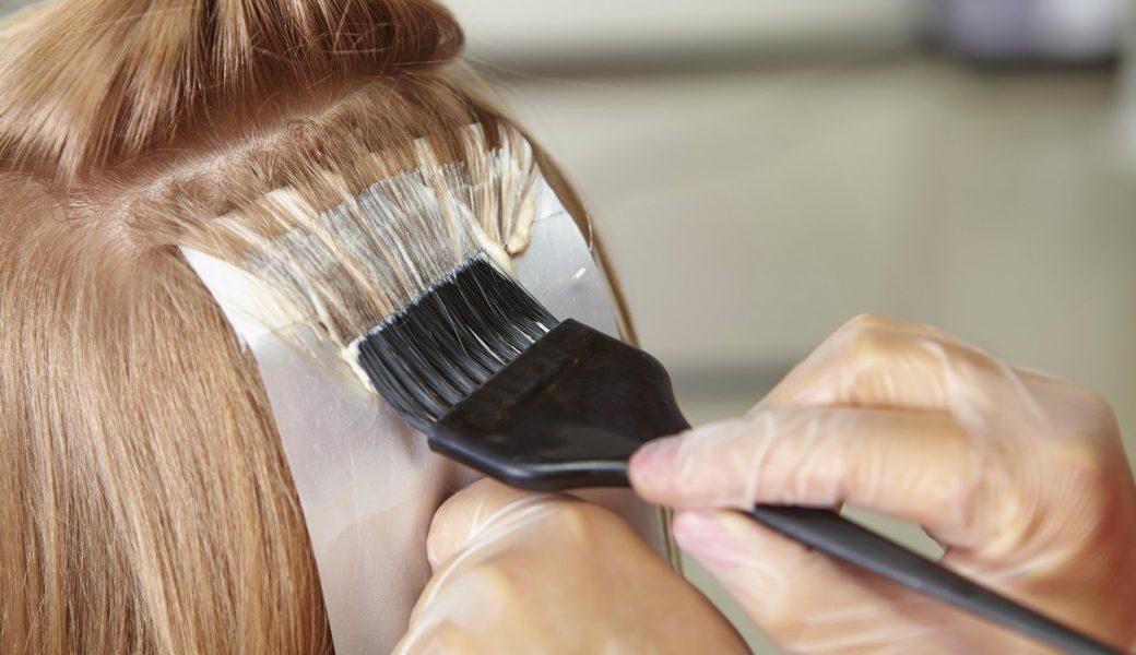 Melanina sintetica per tingere i capelli