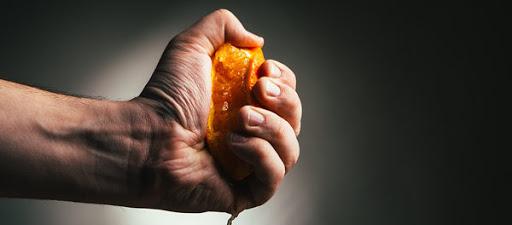 Vitamina C benefici muscoli ossa